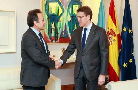 O presidente da Xunta reúnese co embaixador de Cuba en España