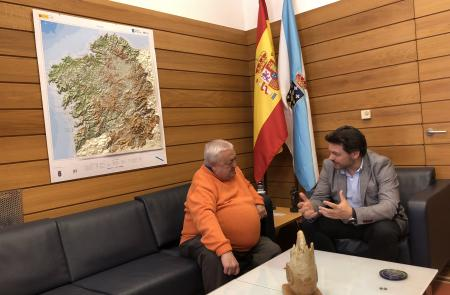 Miranda recibe al presidente de la Casa de Galicia en Valladolid en su viaje anual a la comunidad, en la que participó medio centenar de socias y socios