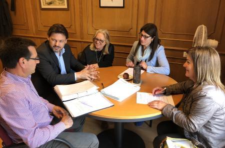 Miranda muestra su apoyo a la nueva directiva del Centro Galego de Zug y la anima a continuar con su intensa actividad