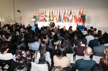 As Bolsas Excelencia Mocidade Exterior reciben na súa segunda convocatoria máis de 350 solicitudes de mozas e mozos galegos residentes no estranxeiro