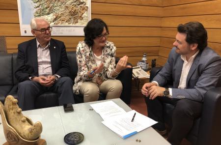 Miranda anima ás entidades galegas no exterior a aproveitar a riqueza da cultura galega para achegala a todos os recunchos do mundo