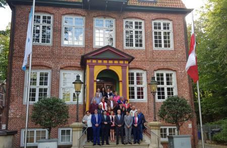 Miranda renueva los lazos de Galicia con el corazón arousano de Alemania en una recepción oficial en Cuxhaven