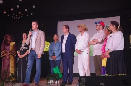 La Secretaría Xeral da Emigración aplaude la labor de Queixumes dos Pinos y Alma Llanera en pro de la igualdad en las quintas Jornadas Interculturales celebradas en Ourense