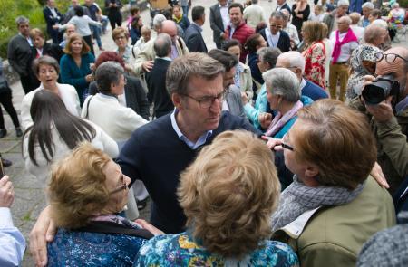 Feijóo dá a benvida ás e aos maiores do exterior beneficiarios de Reencontros na Casa e ás súas familias, a quen agradece o seu labor como embaixadoras e embaixadores de Galicia en América, no 30 aniversario do programa