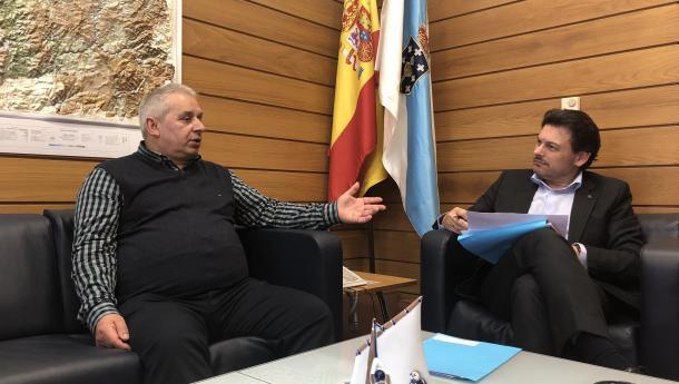 Miranda invita á Casa de Galicia de Ondarroa a seguir a deixar a súa pegada no País Vasco coa celebración do seu medio século de vida