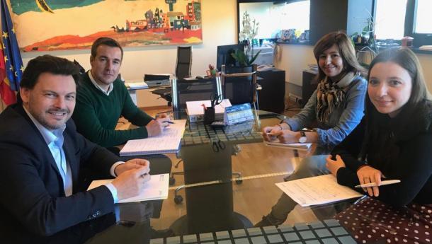 La Secretaría Xeral da Emigración y la Dirección Xeral de Xuventude ultiman las convocatorias de los programas de la Xunta para las y los jóvenes gallegos del exterior
