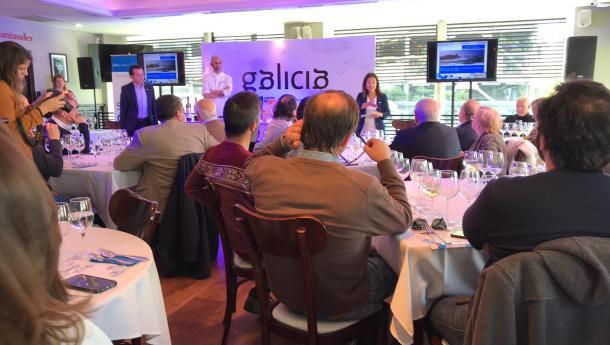 """Máis de 150 profesionais do sector da hostalería e a alimentación do Uruguai asistiron á segunda edición do """"Saborea Galicia"""" da man do Estrela Michelin Rafa Renteno"""