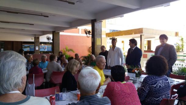 Miranda firma convenios con tres entidades de carácter social en el Brasil, el segundo país del mundo con mayor presencia gallega