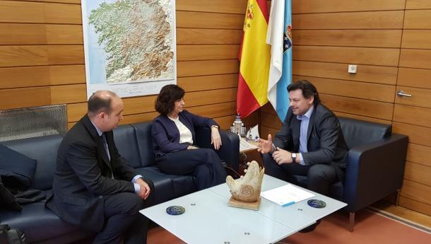 Miranda intercambia experiencias de traballo e proxectos en materia de emigración cos responsables de Acción Exterior do Goberno do País Vasco