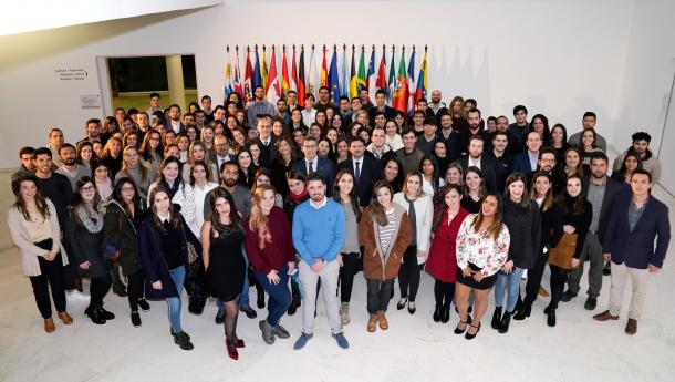 150 mozas e mozos do exterior cursarán os seus mestrados nas 3 universidades galegas grazas ás Bolsas Excelencia Mocidade Exterior
