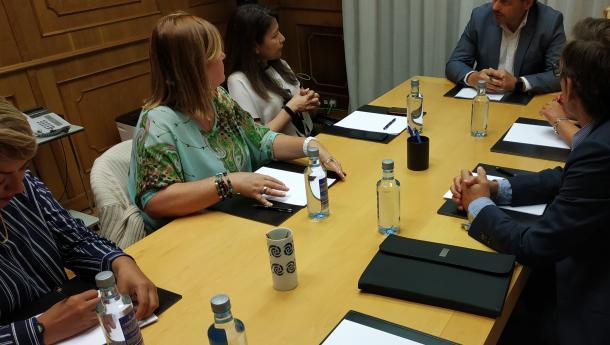 """Miranda trasládalle aos representantes de HEVEGA o """"permanente compromiso"""" da Xunta coa situación dos galegos de Venezuela"""