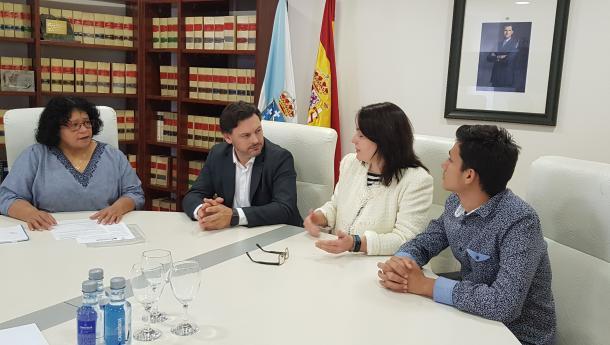"""Miranda salienta o """"destacado labor de inclusión social e laboral a prol dos retornados"""" que realiza a Asociación Cantaclaro"""